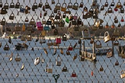 architecture blog, love bridge